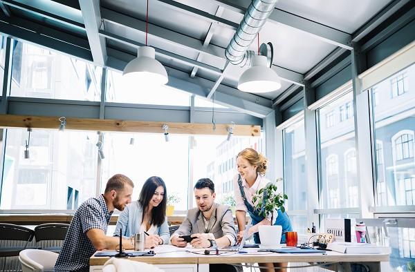 Crescimento da demanda por serviços de TI impulsiona faturamento das empresas do setor